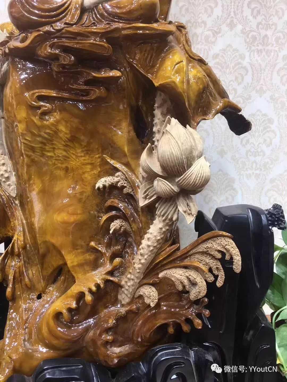 中国金丝楠木雕神作《观音》